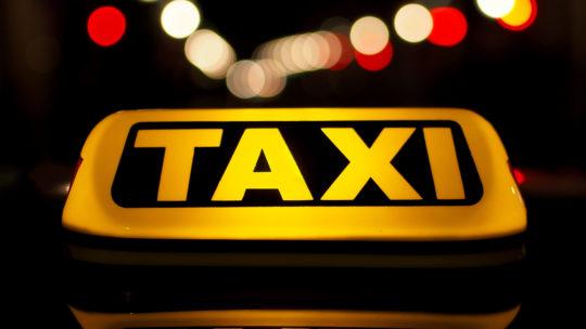 Quelques avantages de prendre un taxi